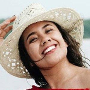 Mariel de Viaje 3 of 4