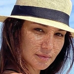 Mariela Garriga Headshot 2 of 10