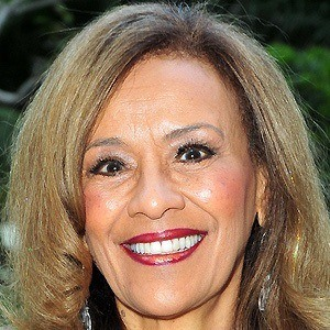 Marilyn McCoo 3 of 5