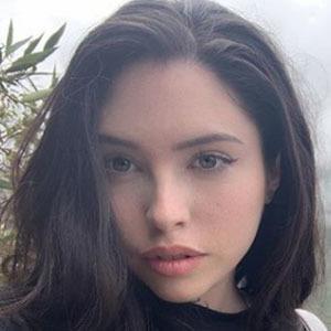 Marina Mui 3 of 5