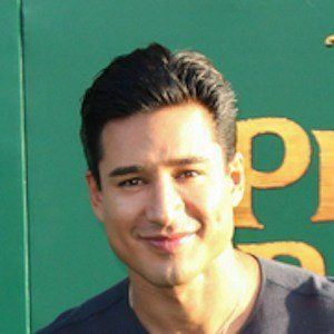 Mario Lopez 7 of 10