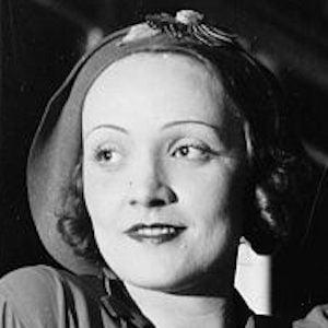 Marlene Dietrich 2 of 6