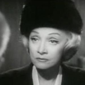 Marlene Dietrich 4 of 6