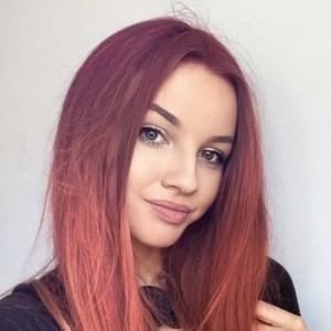 Marlenka Sojka 2 of 6