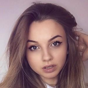 Marlenka Sojka 4 of 6
