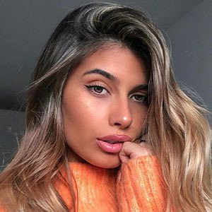 Marta Melo 2 of 5