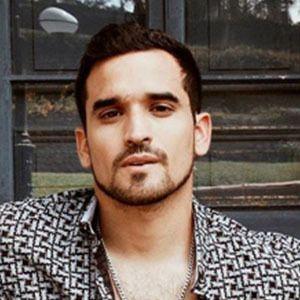 Martín Velásquez 4 of 5