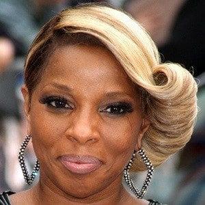 Mary J. Blige Headshot 3 of 10