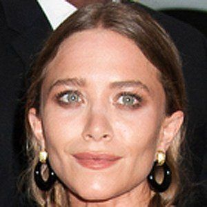Mary-Kate Olsen 2 of 9