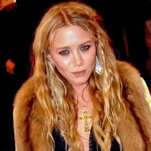 Mary-Kate Olsen 3 of 9