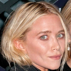Mary-Kate Olsen 7 of 9