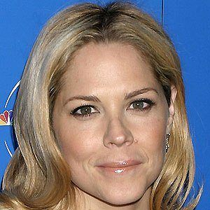 Mary McCormack 3 of 5