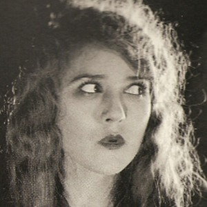 Mary Pickford 8 of 8