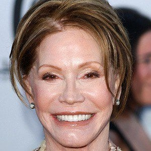 Mary Tyler Moore 4 of 6