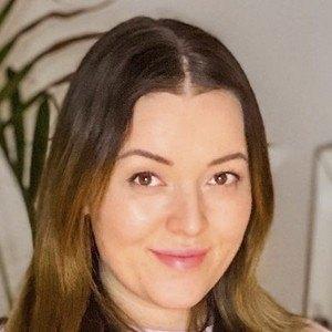 Mascha Feoktistova Headshot 7 of 10