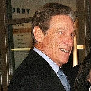 Maury Povich 3 of 5