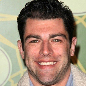 Max Greenfield 6 of 10