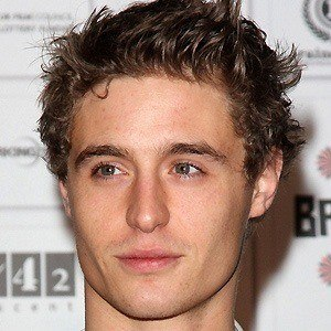 Max Irons 3 of 10