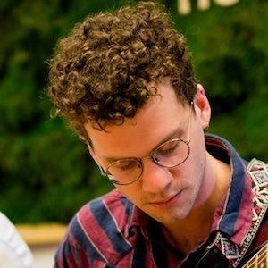 Max Kakacek 4 of 9