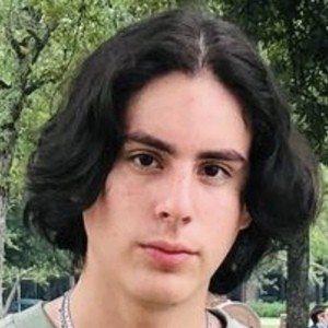 Max Marroquín Headshot 6 of 10