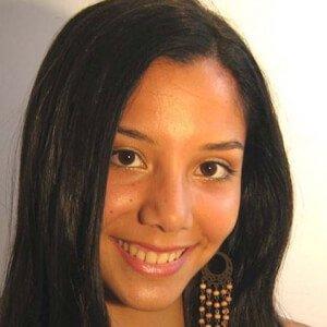 Mayra Couto 6 of 10