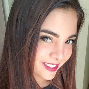 Mayra Solari 2 of 5