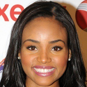 Meagan Tandy 4 of 6