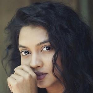 Meera Joshi 2 of 9