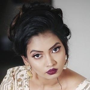 Meera Joshi 3 of 9