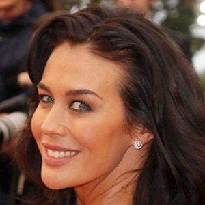 Megan Gale 3 of 3