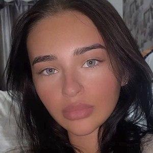 Megan Salmon-Ferrari Headshot 10 of 10