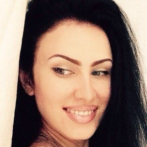 Megan Volkova 4 of 10