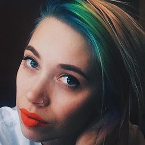 Megan Toenyes 3 of 6