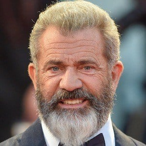 Mel Gibson 8 of 10