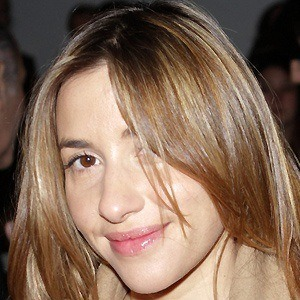 Melanie Blatt 2 of 4