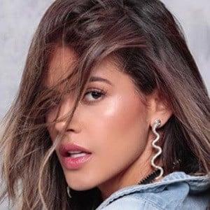 Meli Peláez 2 of 5