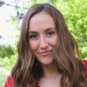 Melinna Mills 2 of 9