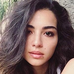 Melisa Asli Pamuk 5 of 6