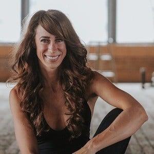 Melissa Hartwig 2 of 4