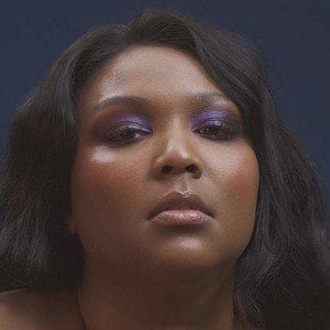 Lizzo 2 of 4