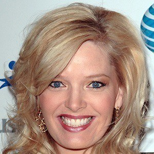 Melissa Peterman 4 of 8
