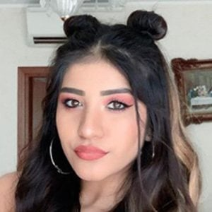 Melissa Tejada 3 of 5