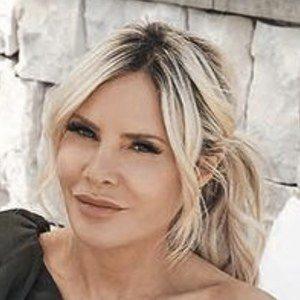 Melissa Tkautz Headshot 6 of 10
