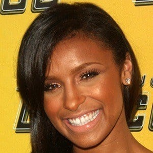 Melody Thornton 8 of 10
