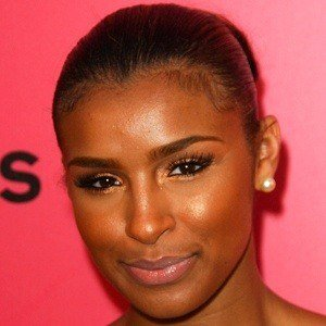 Melody Thornton 10 of 10