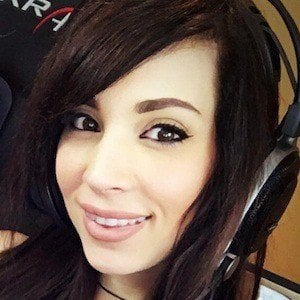 melonie mac dating Gamersblisscom had the pleasure of interviewing live streamer and youtuber melonie mac read our interview with here below-  but can't picture dating someone .