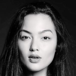 Mia Kang 2 of 9