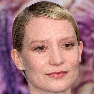 Mia Wasikowska 7 of 10