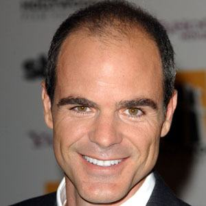 Michael Kelly 4 of 10