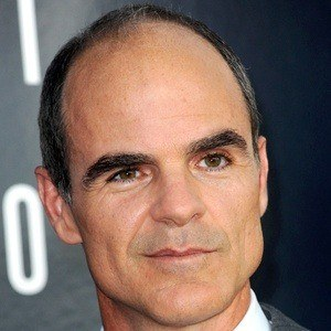 Michael Kelly 7 of 10
